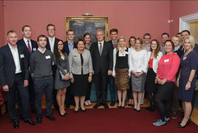 Ministru prezidente vizītē Lielbritānijā stiprina saiknes ar diasporu